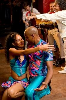 Живая САЛЬСА вечеринка Berimba в Академии Танца!