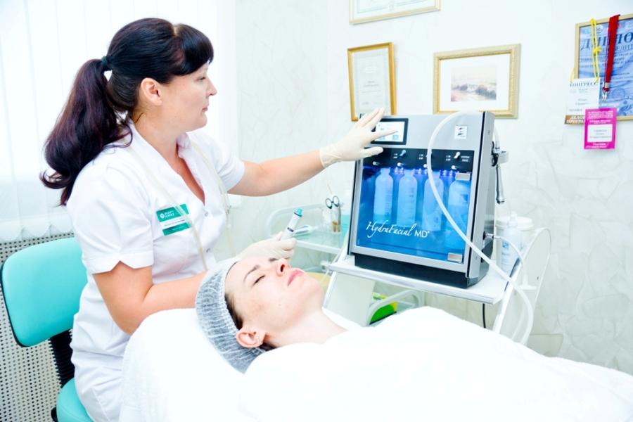 Вы просматриваете изображения у материала: Проверено на себе: SPA-чистка лица аппаратом HydraFacial в центре авторской косметологии Beauty Science