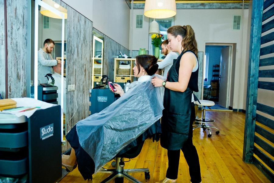 Вы просматриваете изображения у материала: Проверено на себе: SPA-окрашивание волос в салоне Studio Professional